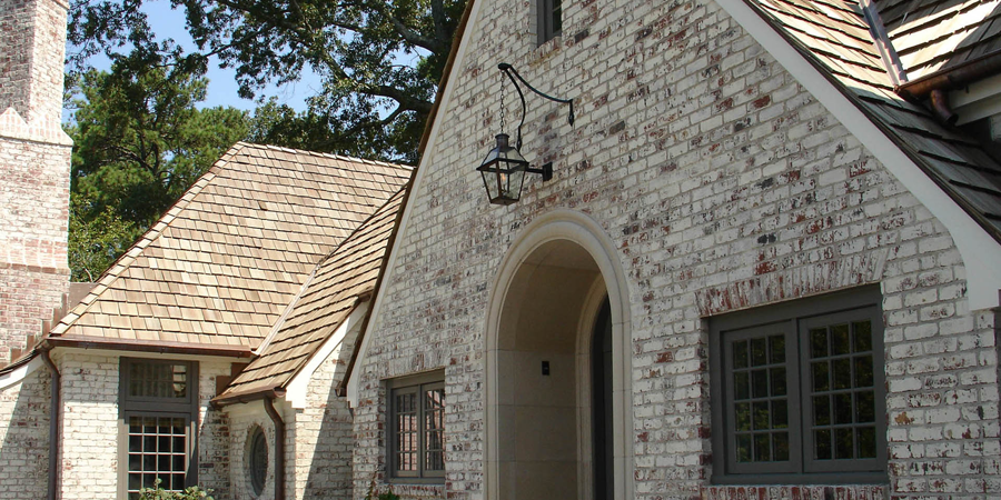 Limewash: Pros and Cons of Popular Brick Exterior Treatments